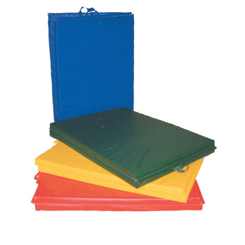 Center-Fold & Non-Folding Mat with Handles at Elivate